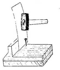 Как защитить деталь от случайного удара молотком