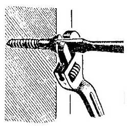 Как извлечь старый шуруп из доски