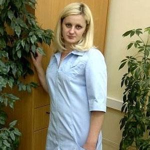 Анастасия Вызов медсестры на дом. Детям и взрослым. Круглосуточно!  Капельницы, уколы, перевязки - медсестра на дом в Москве