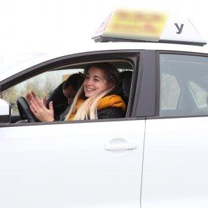 Владимир - инструктор по вождению в Волгограде